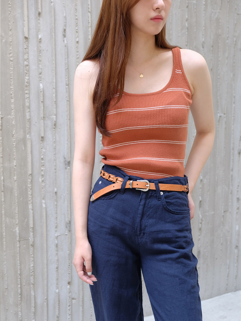 SLIM KNIT SLEEVELESS (2COLOR)